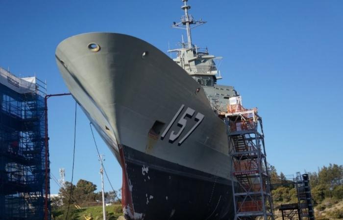 Австралийский флот за два года так и не смог собрать экипаж для фрегата