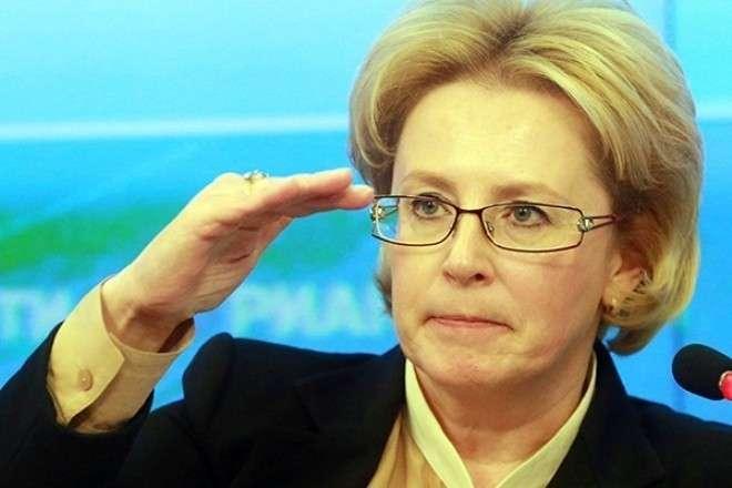 Министр Скворцова хочет силой заставить нас прививаться