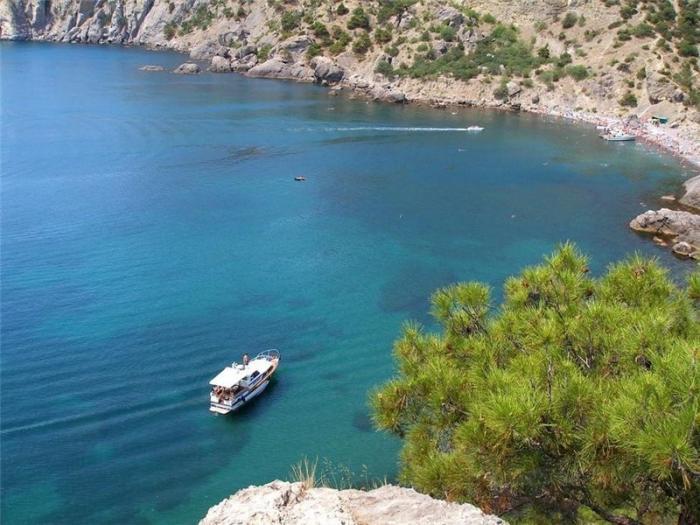 Пляжи на Черноморском побережье остаются недоступными