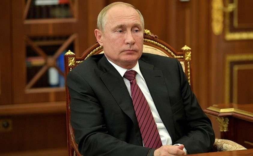 На встрече с Министром промышленности и торговли Денисом Мантуровым.