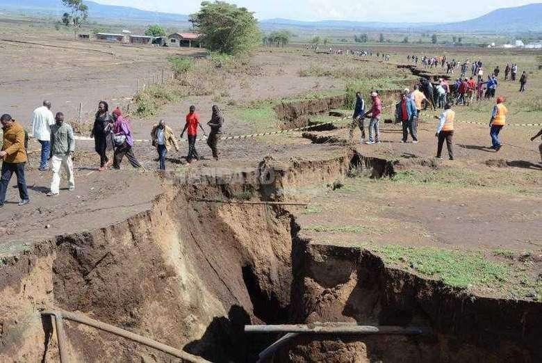 Под Африкой происходит что-то необычное и масштабное