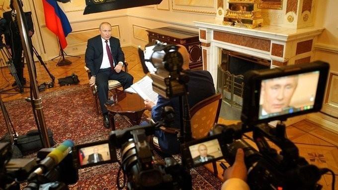 Владимир Путин ответил на вопросы главного редактора Межгосударственной телерадиокомпании «Мир»