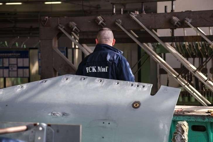 Как делают самолеты МиГ в Луховицах