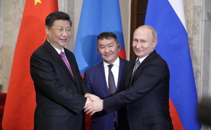 Встреча Владимира Путина с Си Цзиньпином и Президентом Монголии Халтмагийн Баттулгой