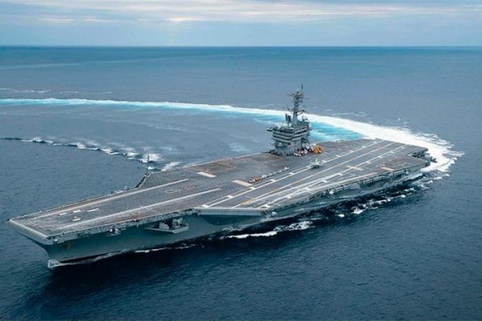 Иран не пустил авианосец США в Персидский залив
