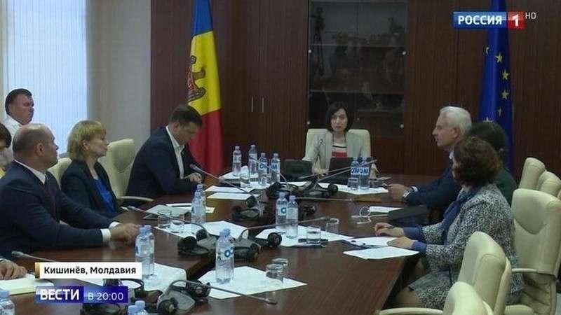 Игорь Додон поздравил молдаван с символической победой над Плахотнюком