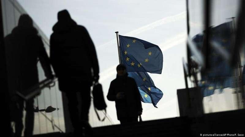 В Европе призывают задушить свободу слова, чтобы
