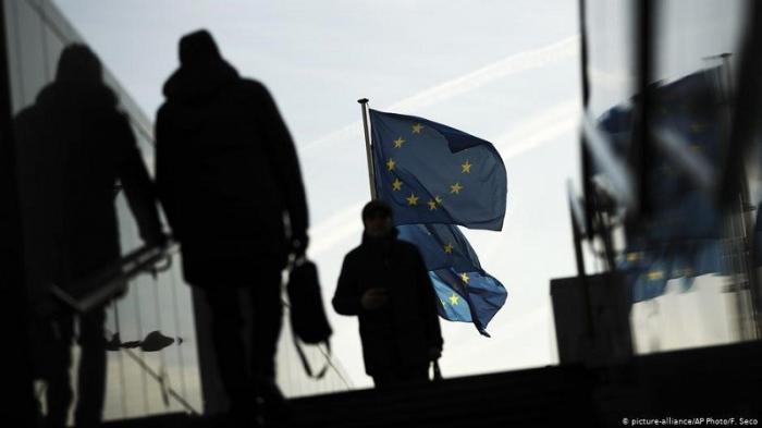 В Европе ликвидируют свободу слова, чтобы «русские не прошли»