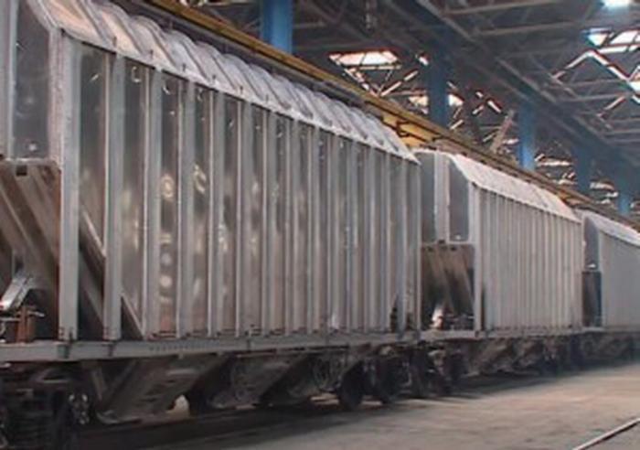 В России впервые начали выпускать инновационные железнодорожные вагоны из алюминия