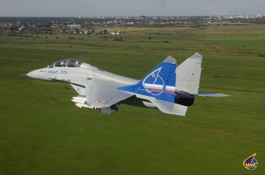 Первая партия самолётов МиГ нового поколения передана российским вооруженным силам
