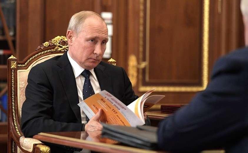 На встрече с лидером партии «Справедливая Россия» Сергеем Мироновым.