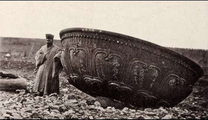 Артефакты древних цивилизаций на фотографиях Китая XIX века