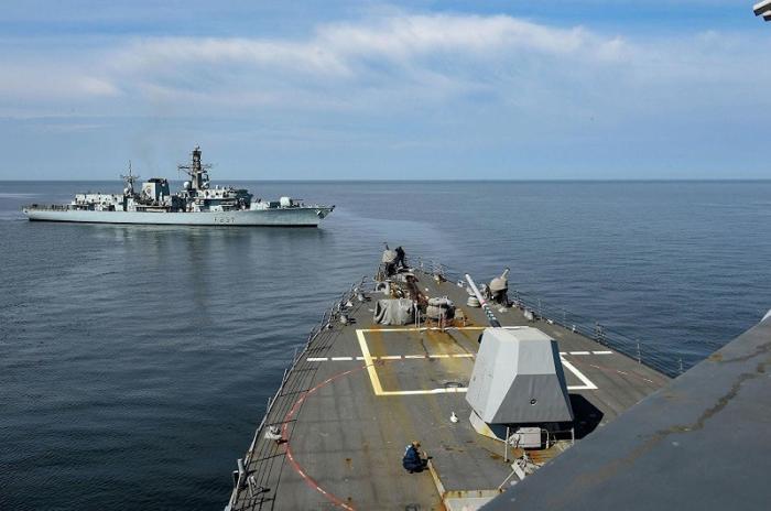 Польский корабль получил пробоину во время учений НАТО в Балтийском море