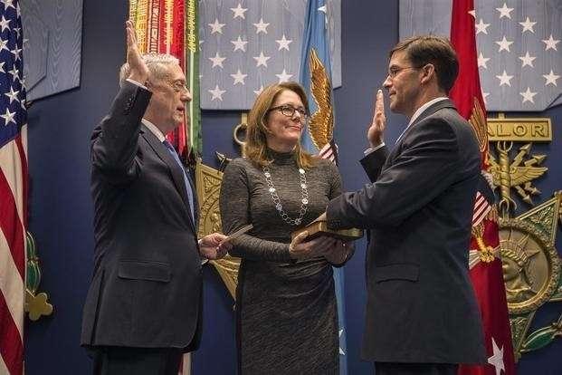 Новый глава Пентагона Марк Эспер готовый выиграть ядерную войну