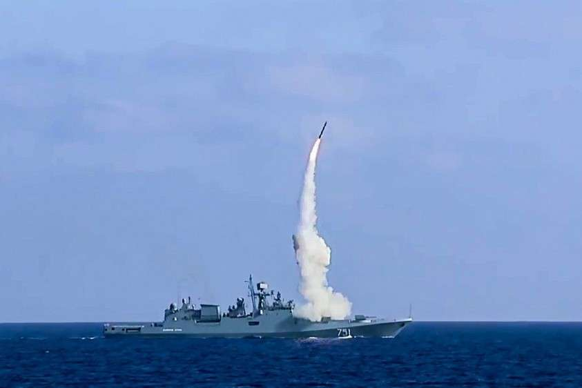 Какое новейшее оружие получит армия России в ближайшие годы