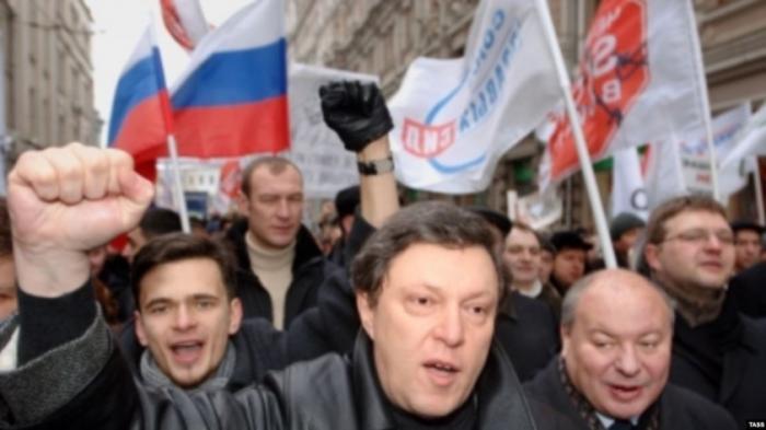 Собаки лают взахлёб – значит Владимир Путин на правильном пути