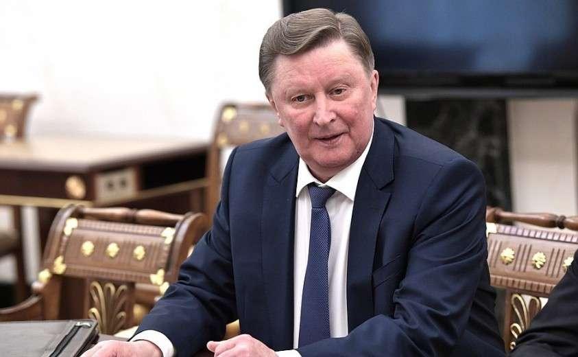 Специальный представитель Президента по вопросам природоохранной деятельности, экологии и транспорта Сергей Иванов перед началом совещания с постоянными членами Совета Безопасности.