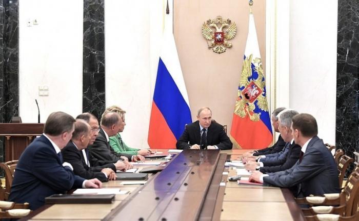 Владимир Путин провёл совещание с постоянными членами Совета Безопасности 21.06.2019