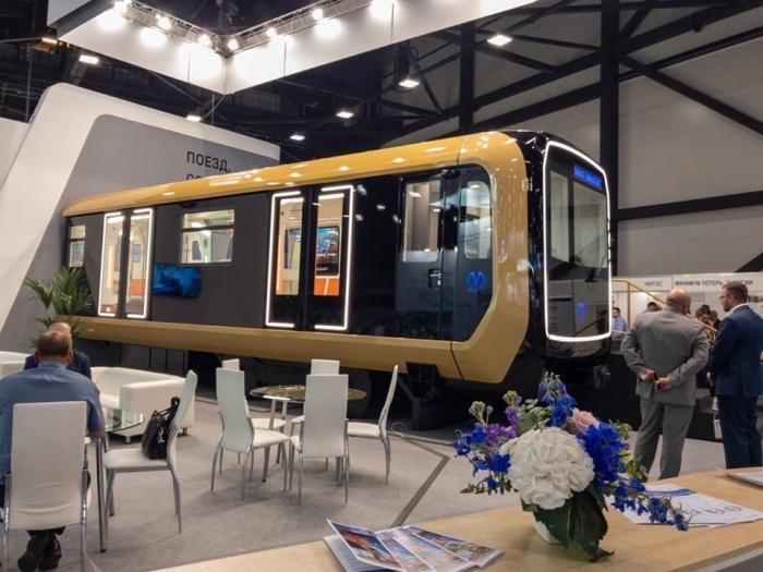 Компания «Трансмашхолдинг» на петербургском «Экспофоруме» представила новый поезд метро «Вагон 2020»