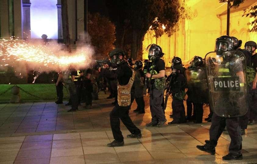 В Тбилиси восторжествовала дикость и шизофрения: кто должен за них ответить?