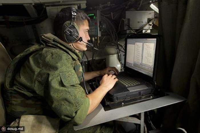 Новая аппаратура связи поступила на вооружение ВВО