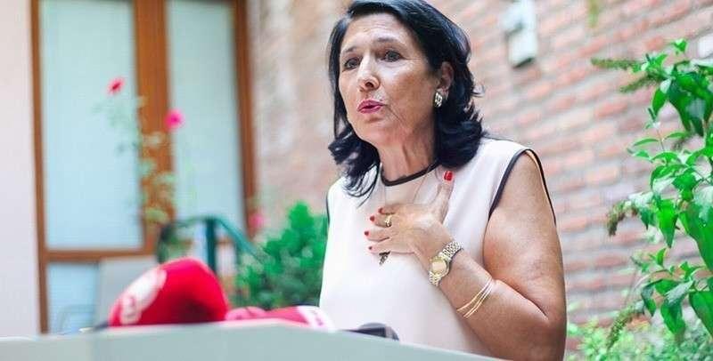 Президент Грузии Саломе Зурабишвили показала мастер-класс политической проституции
