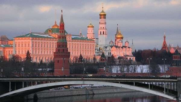 Правительство России пообещало рассмотреть просьбы о гуманитарной помощи от жителей Донбасса