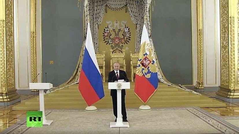 Владимир Владимир Путин на приёме для выпускников высших военно-учебных заведений в Кремле