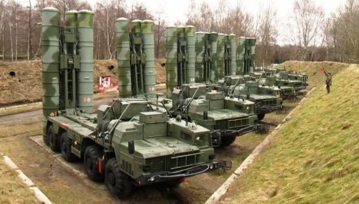 Россия готова поставить Ирану зенитно-ракетный комплекс С-400