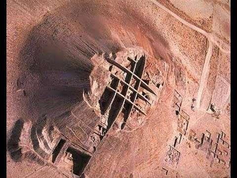 Все пустыни имеют рукотворный вид и очень небольшой возраст