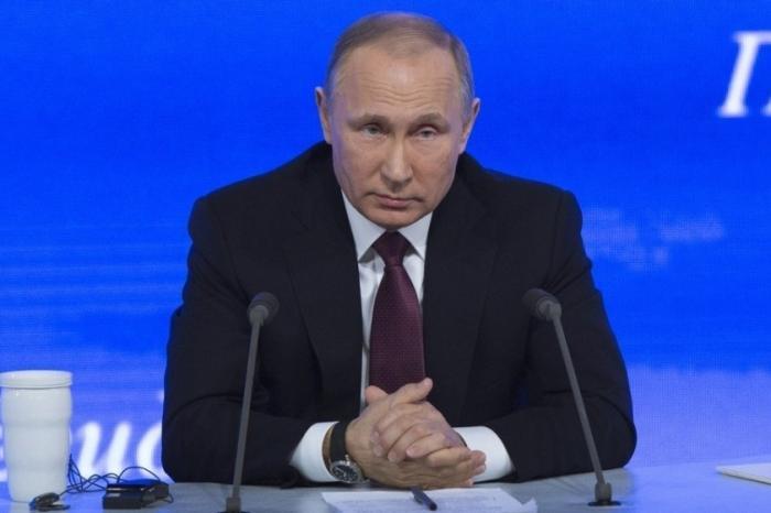 Владимир Путин подписал закон о защите прав дольщиков