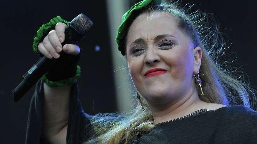 Певица Катамадзе пообещала и удалила сообщение об отказе от выступлений в России