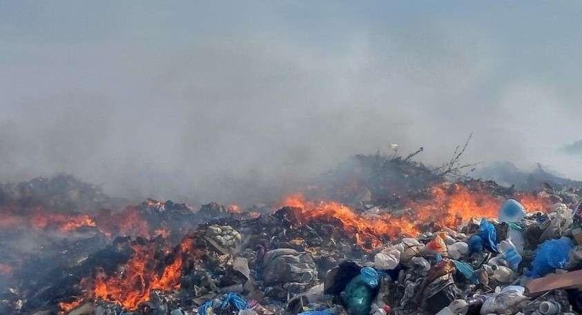 Мусорная реформа. Для понимания, чем опасны горящие мусорные свалки