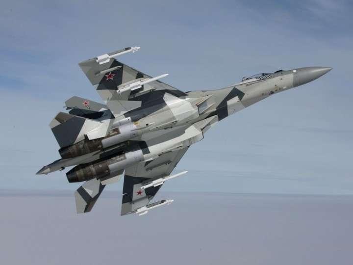 Полеты новейших истребителей Су-35С начались под Хабаровском