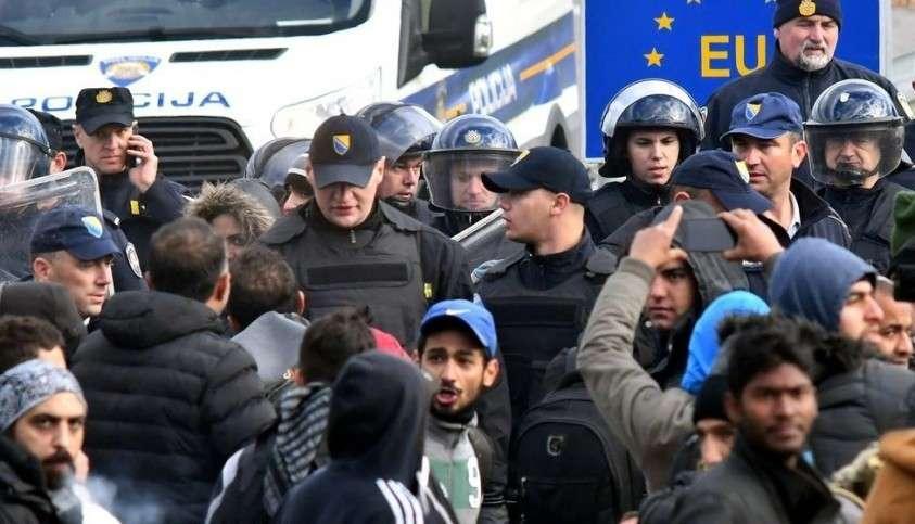 В ЕС мигранты, оказывается, не знают, что насиловать, грабить и убивать европейцев – это не хорошо