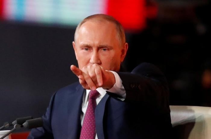 Путин поручил предложения по упрощенной выдаче гражданства России украинцам