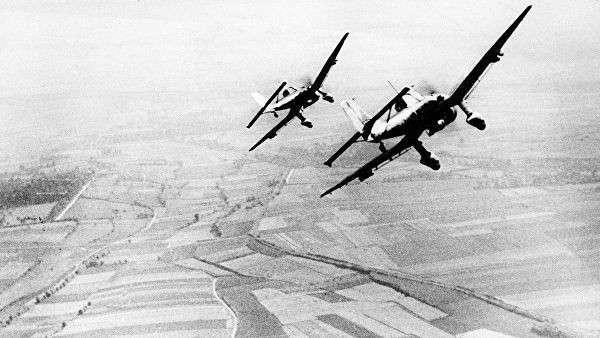 Немецкие пикирующие бомбардировщики Юнкерс Ju 87