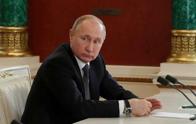 Владимир Путин о поведении США, отношениях с Евросоюзом и связях с Италией