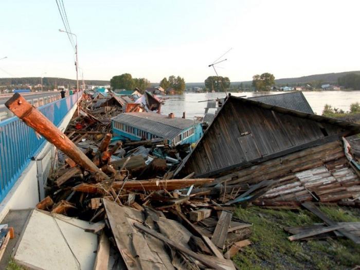 Наводнение в Иркутской области. Число пострадавших достигло 340 человек