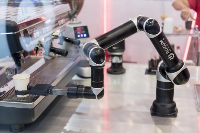 Учёные из российской компании Ростех создали роботизированные руки для высокоточных манипуляций