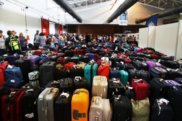 Службы «Шереметьево» попросили извинения у пассажиров за ситуацию с багажом