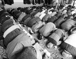 Жители Германии положительно относятся к демократии, при этом видят угрозу в исламе