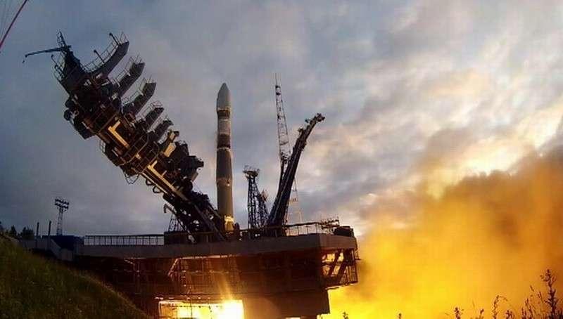Ракета «Союз-2» успешно вывела на орбиту 4 спутника Минобороны
