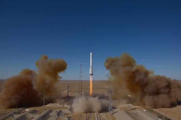 Роскосмос запустил космический аппарата для исследования Вселенной