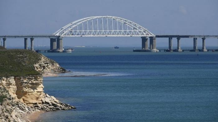 Названы возможные сроки снятия украинской блокады с Крыма и Донбасса