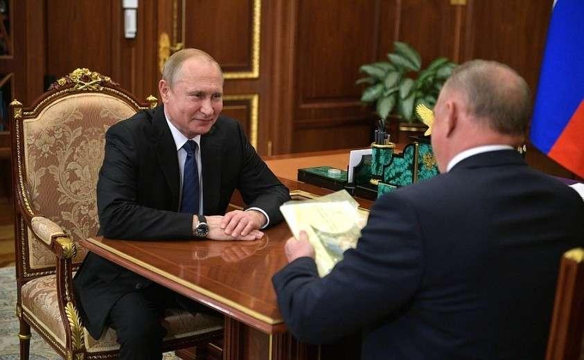 С президентом Торгово-промышленной палаты Сергеем Катыриным.