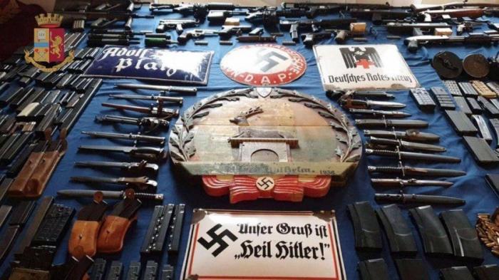 В Италии арестовали нацистов, воевавших против русских на Донбассе. А что пишут Укро-СМИ?