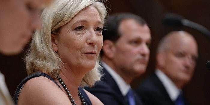 На Марин Ле Пен совершено нападение