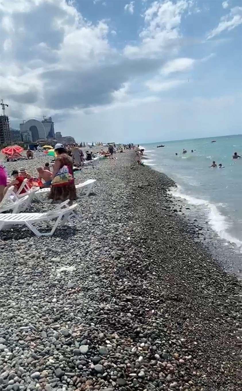 Пляж в Батуми Фото: Дина КАРПИЦКАЯ