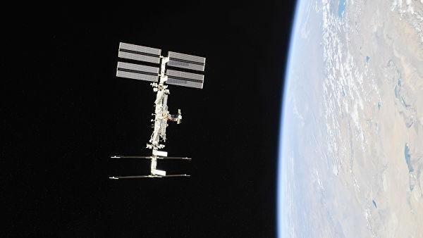 Ракета Союз МС-13 с новым экипажем МКС пристыковался к станции